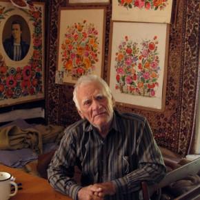 (Русский) 26 квітня 2018 року, на 96-ому році пішов з життя видатний майстер петриківського розпису, Заслужений майстер народної творчості України Василь Соколенко